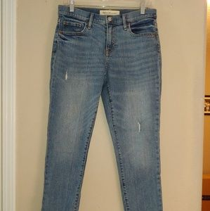 Women's Gap Beat Girlfriend Jeans Distressed 28